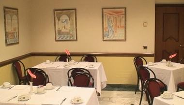 イタリア旅行・ラストフィレンツェ、軽めの食事 ③-12 食べまくり 6日目  _d0083265_19382538.jpg