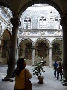 母と歩くフィレンツェ~ジルダおばさんのビストロ_f0106597_3363940.jpg