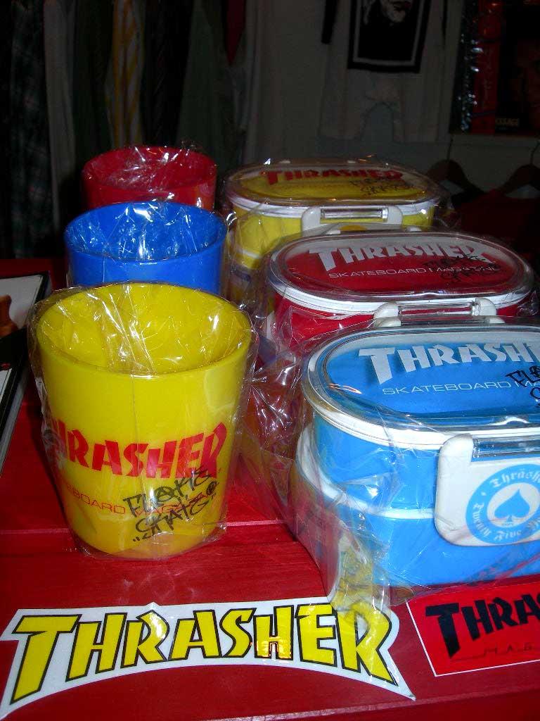 THRASHERのコップとお弁当箱。_c0078333_22134517.jpg