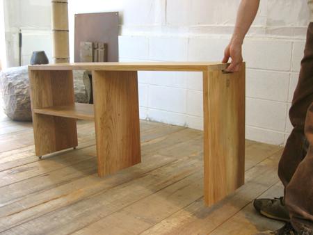 山桜のベッドサイドテーブルをお届けしました_f0171785_1445196.jpg
