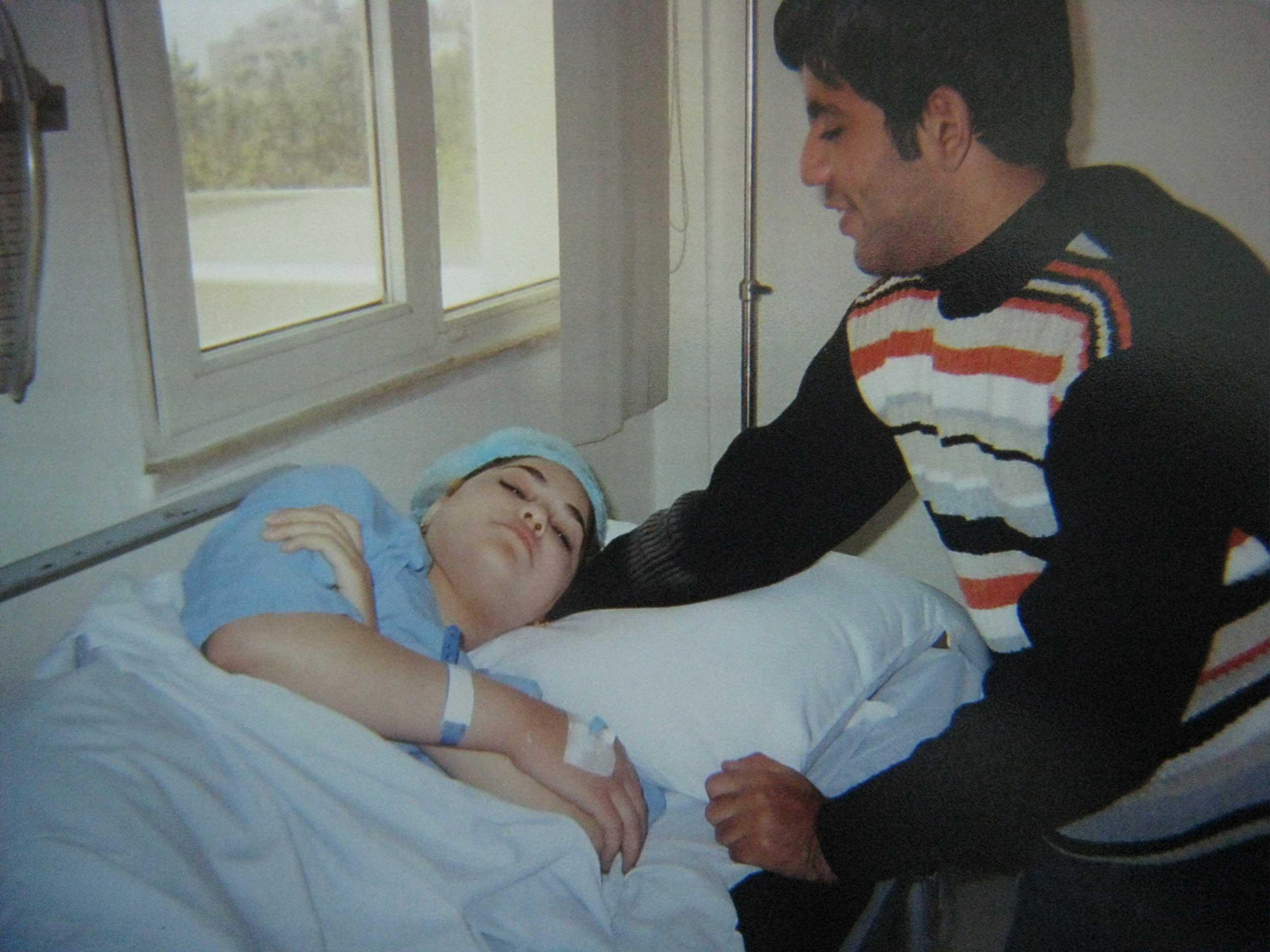 アリーとラーラ・・・病気と闘うイラク人夫婦_f0155297_21435914.jpg