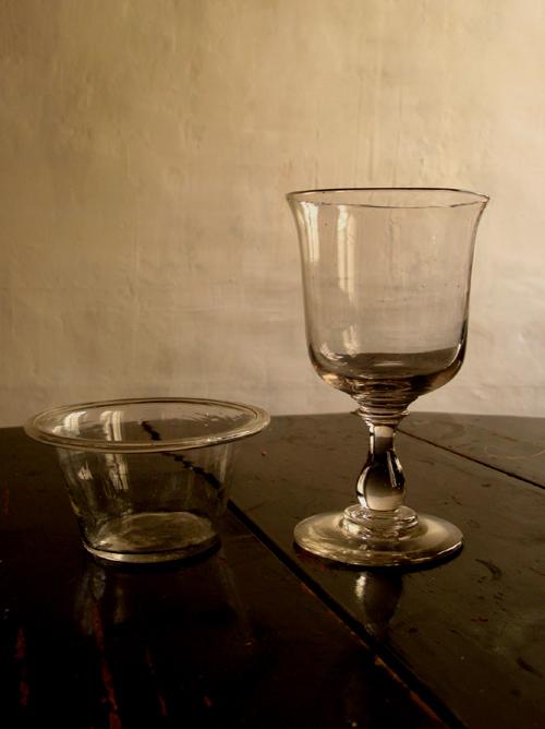 ジャムポットとガラス杯 _f0074803_21542068.jpg
