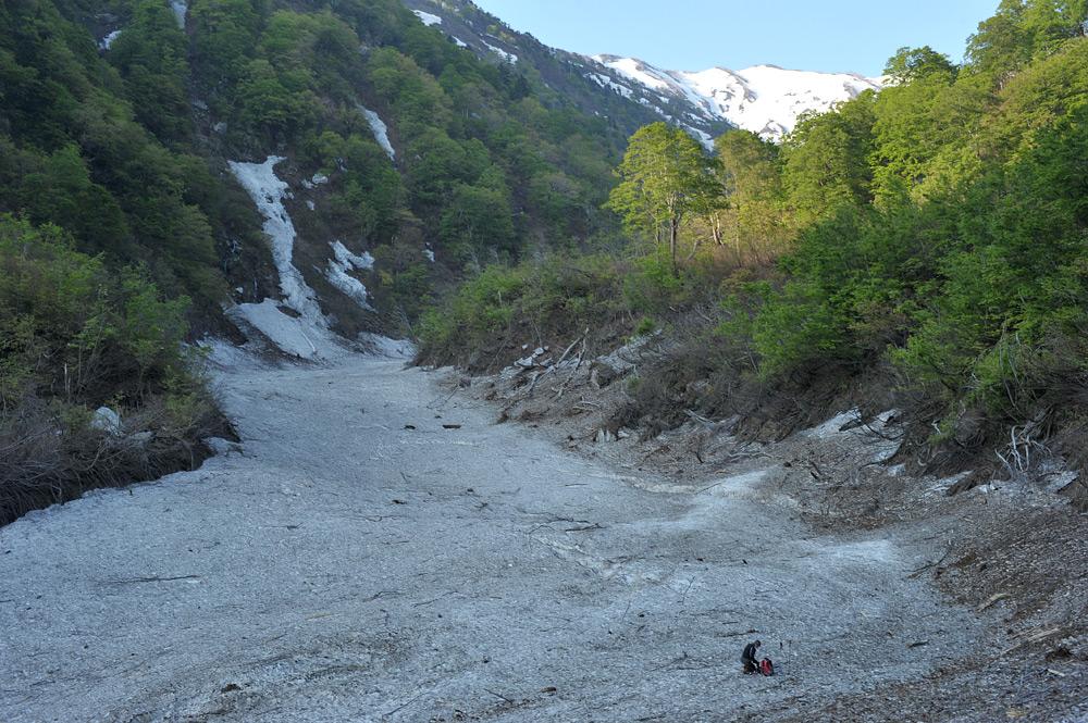 雪渓の始まり_c0065410_21405340.jpg