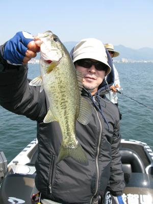 今日は琵琶湖でガイドです。_a0097491_2244018.jpg