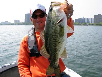 今日は琵琶湖でガイドです。_a0097491_22461567.jpg