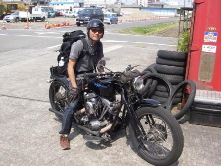 タイでお好み焼き屋さん_c0133351_1619997.jpg