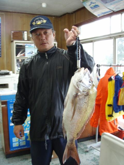 鯛釣り師達_a0077071_1648540.jpg