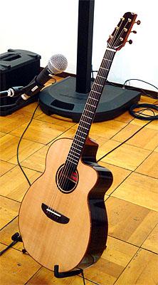TOKYO ハンドクラフトギターフェス 2008_c0137404_2394522.jpg