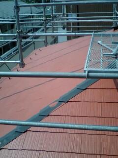 屋根塗装・・プライマー_f0031037_17451998.jpg