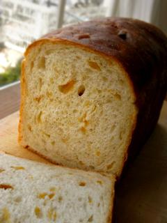 オレンジミルク食パン(酒粕酵母)_c0110869_2045424.jpg