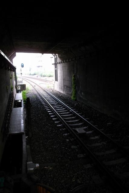 明大前  暗中模索トンネル_b0061717_1494185.jpg
