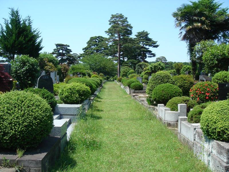 小平霊園に新たな合葬式墓地完成_f0059673_22423147.jpg