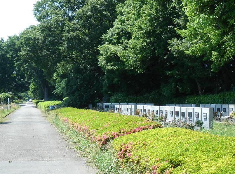 小平霊園に新たな合葬式墓地完成_f0059673_22451135.jpg