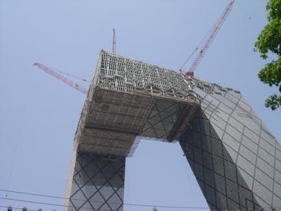 北京CCTV(建設中)_d0148755_233488.jpg