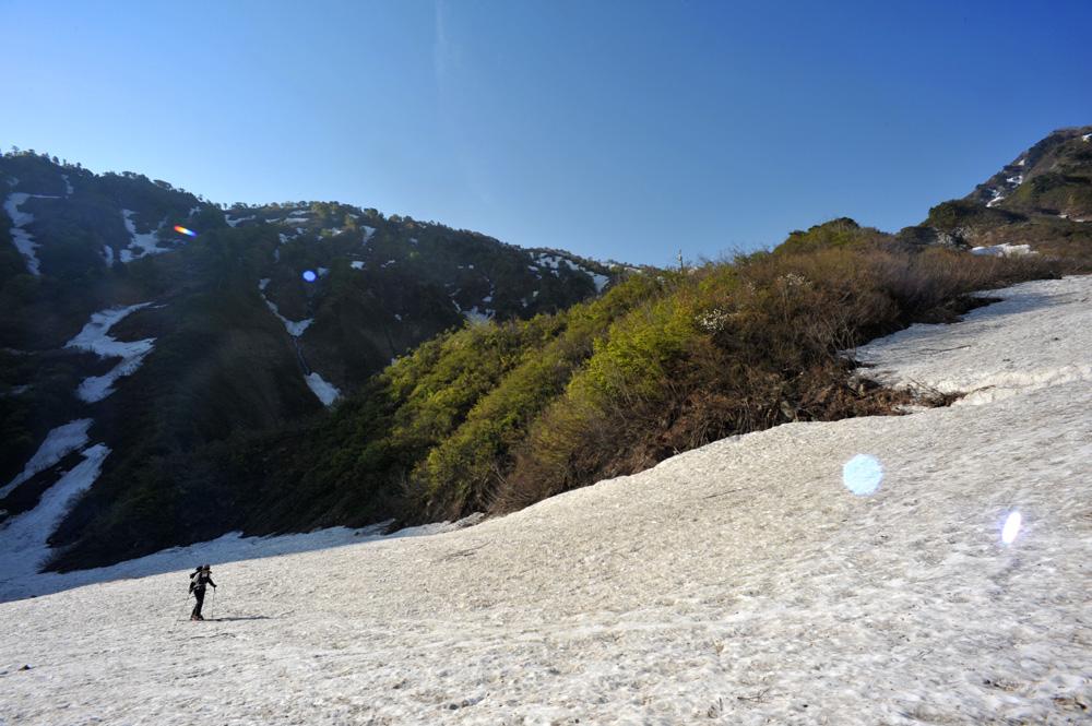 雪渓を行く_c0065410_23505092.jpg