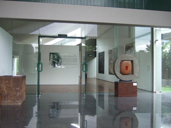 KITA!展バンドゥン編その2 #art #artweet #contemporaryart #indonesia_b0074921_15534752.jpg