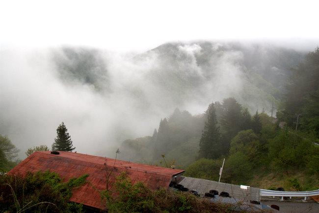 雲の上の村 2_c0054876_18193494.jpg
