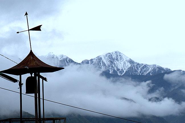 雲の上の村 2_c0054876_1820015.jpg