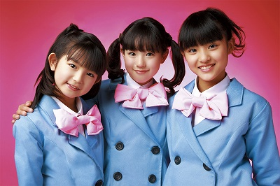 「絶対可憐チルドレンオープニング歌は、小学生ユニット可憐Girl'sの唄う『Over The Future』_e0025035_17123516.jpg