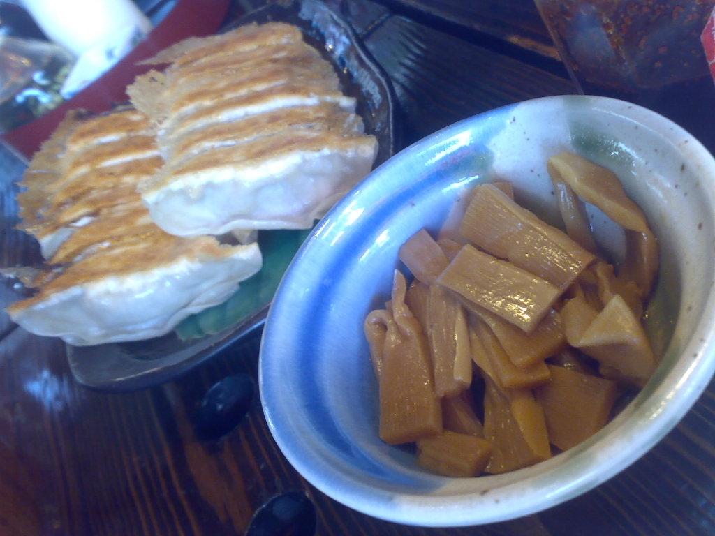 宇都宮で餃子を堪能_a0023082_14425265.jpg