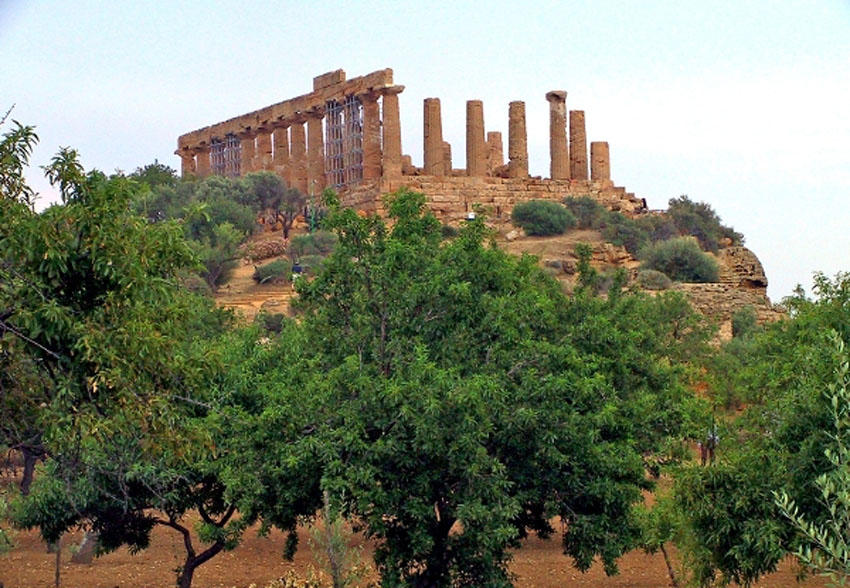 ローマ帝国遺跡 13 イタリア シシリー島②アグリジェントとピアッツァ_e0108650_2143282.jpg