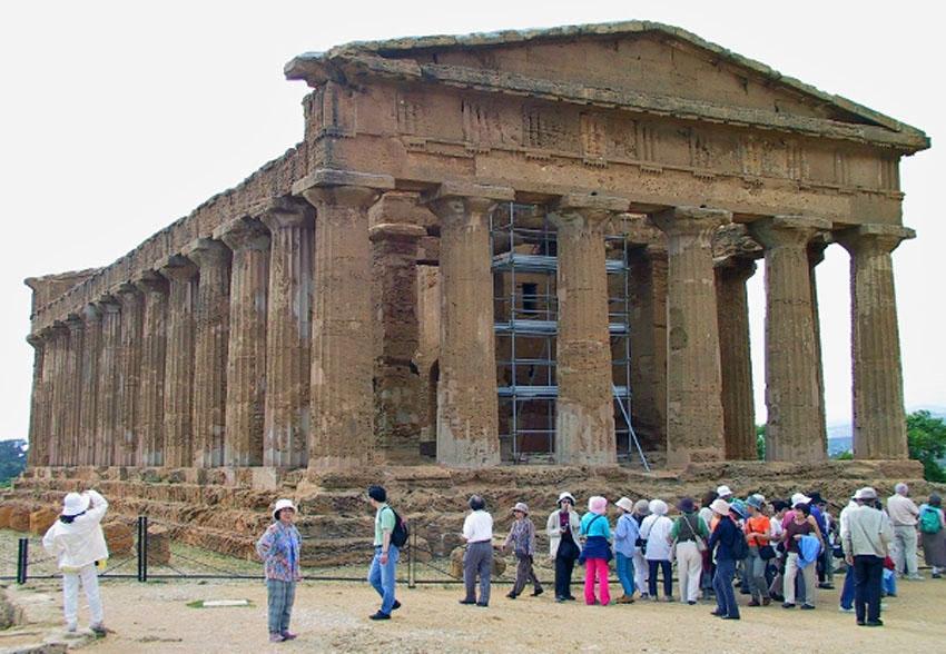 ローマ帝国遺跡 13 イタリア シシリー島②アグリジェントとピアッツァ_e0108650_215339.jpg