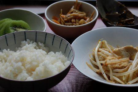 お豆腐のネバネバうどん_e0110659_1113614.jpg