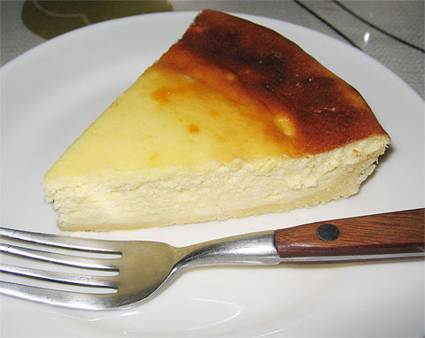 今日のお菓子(チーズケーキ)_f0001469_1424597.jpg