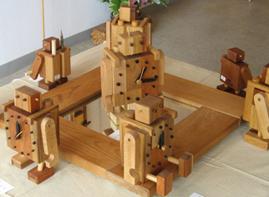 サラス工房木工展 「雲の流れる町」_a0097817_19231924.jpg