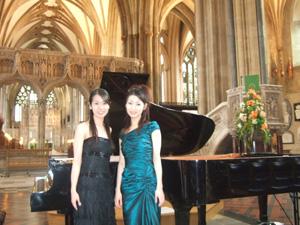 ブリストル大聖堂でのコンサート_e0030586_857541.jpg