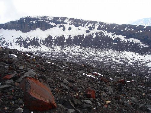 <2008年5月17日> 世界有数の活火山「浅間山」に登る_c0119160_22122994.jpg