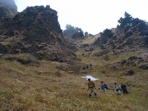 <2008年5月17日> 世界有数の活火山「浅間山」に登る_c0119160_22543326.jpg