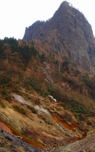 <2008年5月17日> 世界有数の活火山「浅間山」に登る_c0119160_23574551.jpg