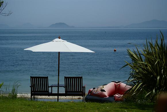 琵琶湖の湖岸にあるカフェ 「R cafe」_f0102363_2225677.jpg
