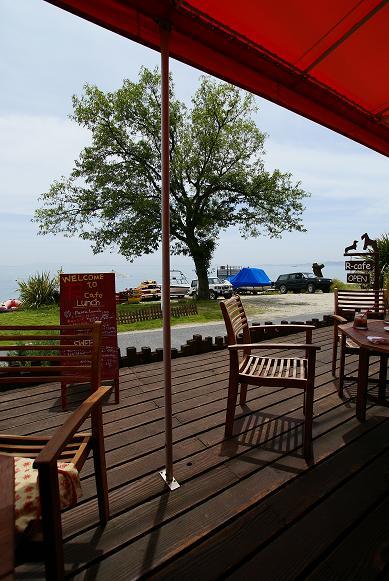 琵琶湖の湖岸にあるカフェ 「R cafe」_f0102363_2231114.jpg