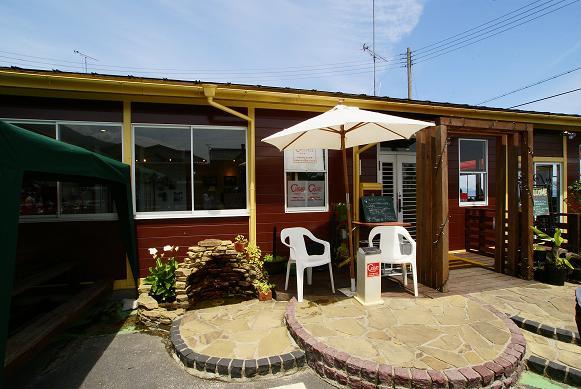 琵琶湖の湖岸にあるカフェ 「R cafe」_f0102363_2272084.jpg