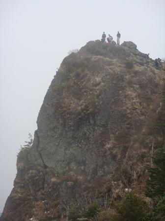 <2008年5月17日> 世界有数の活火山「浅間山」に登る_c0119160_6214149.jpg