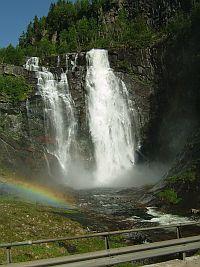 フィヨルドの美しい風景(6/2)_e0022175_2150915.jpg