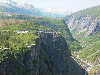 フィヨルドの美しい風景(6/2)_e0022175_2244626.jpg