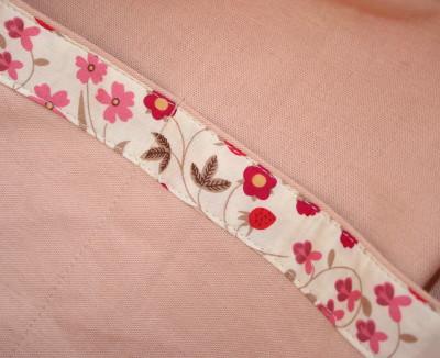 ピンクの花が咲いた、咲いたバッグ_a0102486_17163370.jpg