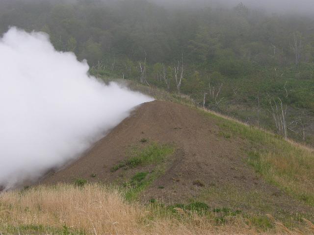 西山火口散策路 その2_d0153062_9453645.jpg