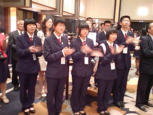 中国高校生たちその2_d0027795_19353268.jpg