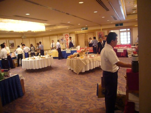 食品展示会_e0115904_1532810.jpg