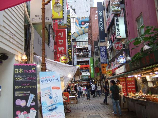 韓国旅行ー3(明洞.清渓川公園)_b0137932_18573082.jpg