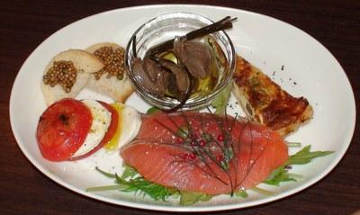 コンビビオ・Convivio[イタリア料理]     2008年6月14日_d0083265_0274662.jpg