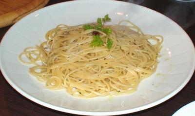 コンビビオ・Convivio[イタリア料理]     2008年6月14日_d0083265_0362289.jpg