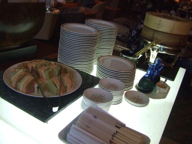 ヒルトン名古屋 ザ・ギャラリー チーズケーキ&チェリーデザートフェア_f0076001_1114644.jpg
