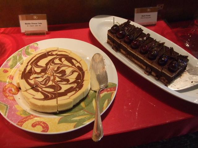 ヒルトン名古屋 ザ・ギャラリー チーズケーキ&チェリーデザートフェア_f0076001_1121724.jpg