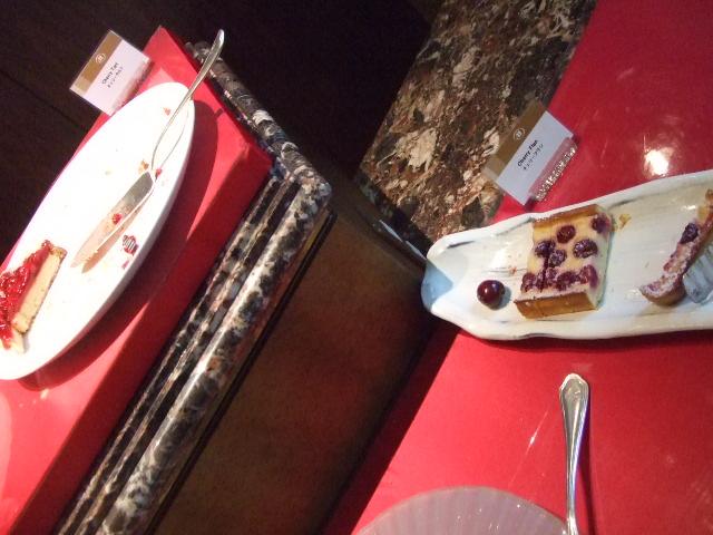 ヒルトン名古屋 ザ・ギャラリー チーズケーキ&チェリーデザートフェア_f0076001_1142429.jpg