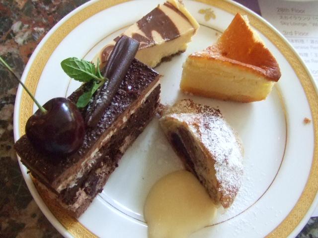 ヒルトン名古屋 ザ・ギャラリー チーズケーキ&チェリーデザートフェア_f0076001_1164581.jpg